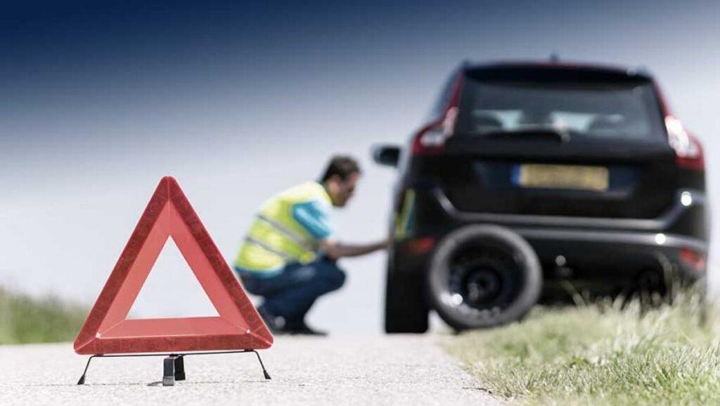 assistance ubezpieczenie samochodu